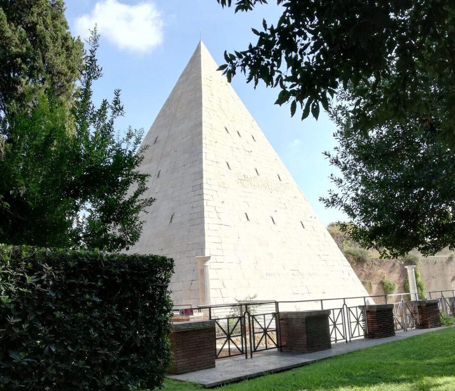 Rome ésotérique pyramide