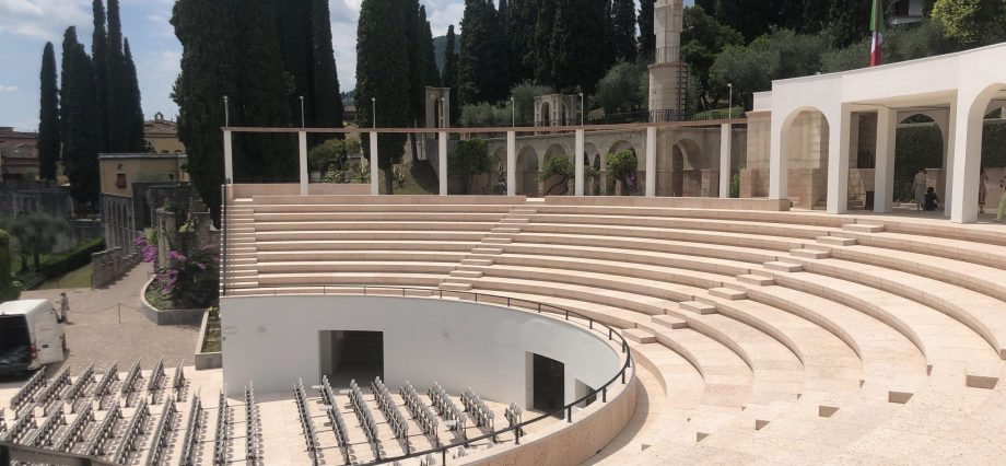nuovo amfiteatro del vittoriale